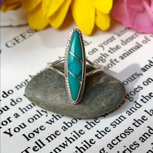 Jewelry - Lovely Turquoise Sterling Silver Ring SZ 4.5